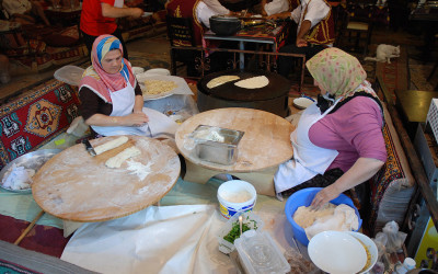 ladies making traditional gozleme